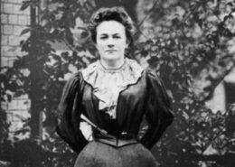 """ARCHIV - Clara Zetkin, aufgenommen während des Internationalen Kongresses für gesetzlichen Arbeitsschutz im Jahre 1897 in Zürich (Schweiz). Die am 5. Juli 1857 in Wiederau geborene und am 20. Juni 1933 in Archangelskoje bei Moskau verstorbene Politikerin hatte den Internationalen Frauentag, von der SPD 1914 auf den 8. März festgelegt und nach mehrfachen Unterbrechungen 1980 wiederbelebt, im Jahre 1911 initiiert. Foto dpa (zu dpa """"100 Jahre Frauentag"""" vom 04.03.2011)  +++(c) dpa - Bildfunk+++"""